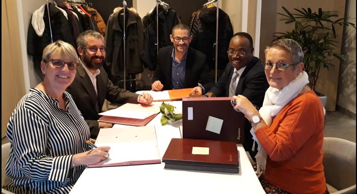Le Centre Entrepreneuriat du Littoral (CEL)/HUBHOUSE et l'EIL Côte d'Opale ont signé une convention le mercredi 14 novembre 2018 dont l'ambition commune est de :